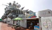 Savaş Gemisi Otel Oldu