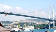 Boğaz Köprüsü'ne Galatasaray Bayrağı