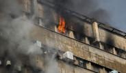 İran'da 17 Katlı Bina, Yanarken Çöktü! Faciadan Korkunç Fotoğraflar