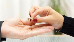 Türkiye'deki 17 Boşanma Nedeni ve Kadın-Erkeğe Göre Oranları