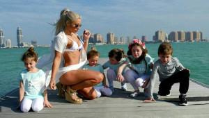 Fiziği ile Herkesi Şaşırtan 5 Çocuk Annesinin 13 Fotoğrafı