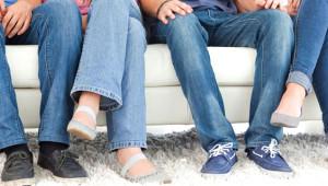 Bacak Bacak Üstüne Atmanın 6 Zararı