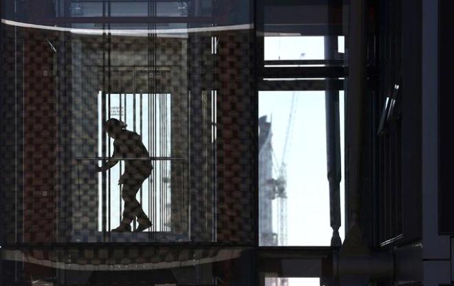 Düşen Asansörden Kurtulmak İçin Ne Yapmak Gerekir?