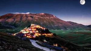 Görenleri Hayran Bırakan İtalyanların Masal Köyünden 15 Kare