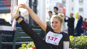 Antalya'da Kadınların 'Yüksek Topuk' Koşusundan 27 Çılgın Kare