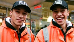 Genç Kızların Dikkatini Çeken Hollandalı İşçi Bir Anda Ünlü Oldu