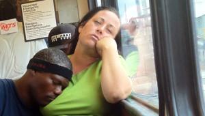 Sosyal Medyanın Dikkati Çeken En Tuhaf 25 Metro Yolcusu
