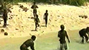 Dünyanın En Saldırgan Kabilesi Sentinel İlk Kez Görüntülendi