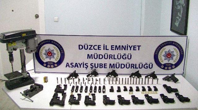 Düzce'deki Silah Kaçakçılığı Operasyonu