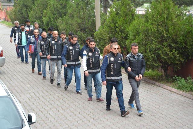 Fetö'den 7'si Rütbeli Asker 8 Kişi Tutuklandı