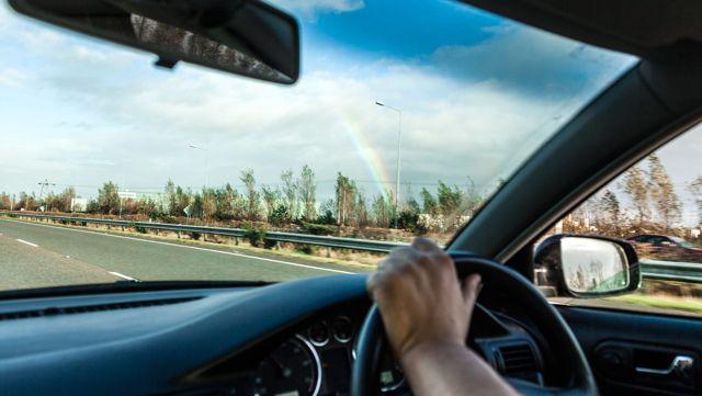 Büyük Tartışma Sona Erdi: Solaklar Daha Kötü Araba Kullanıyor
