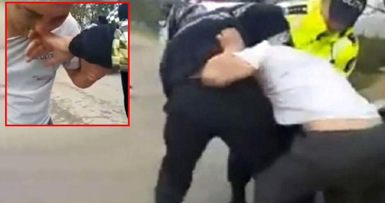 Sarhoş Sürücü, Kendisini Gözaltına Almak İsteyen Polisin Parmağını 9 Dakika Boyunca Isırdı