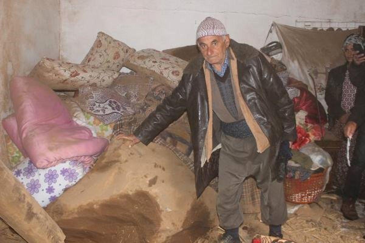 Hakkari'de Köylüler Gece Yarısı Kabusu Yaşadı: 3 Yaralı