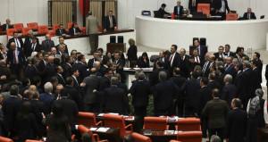 Anayasa Değişiklik Teklifinin 8. maddesi kabul edildi