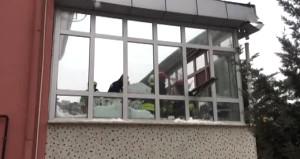 Son dakika! Konya'da caminin çatısı çöktü