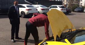 'Takımdan ayrılacağım' dedi, arabasına tuğlalarla saldırdılar