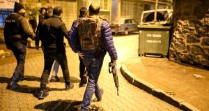 İstanbulda Emniyet ve AK Parti binasına saldıran terörist yakalandı