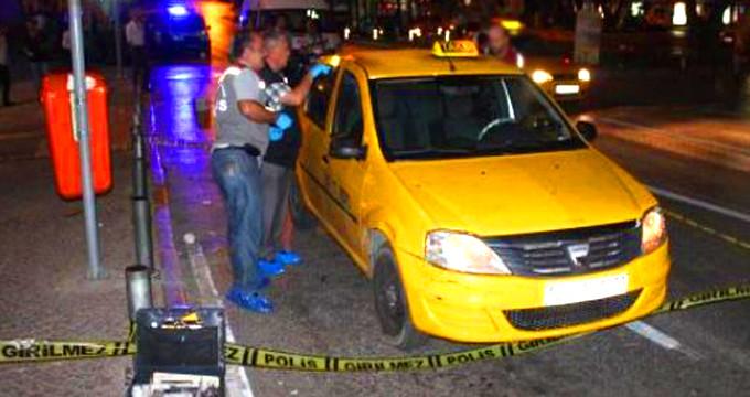Taksicinin boğazını kesen katilden kan donduran savunma!