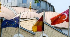 Türkiye, casuslukla suçlanan imamları geri çağırdı