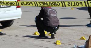 Diyarbakırda hastane önünde çatışma: 2 ölü, 1 yaralı