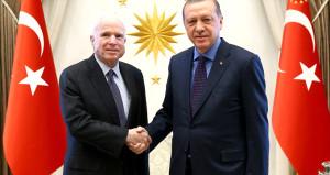 Fırat Kalkanı'na karşı çıkan ABD'li senatör Türkiye'de