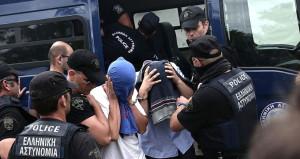 Erdoğana suikast düzenlemek isteyen 2 asker Yunanistana kaçtı