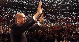Almanyadan büyük terbiyesizlik! PKKya serbest, Erdoğana yasak
