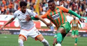 5 gollü maçta Alanya Adanayı avladı
