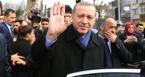 Erdoğana köşk girişinde büyük sürpriz