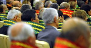 Yüzlerce hakim ve savcının görev yeri değiştirildi