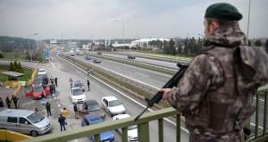 İstanbulda büyük operasyon! Şehre giriş-çıkışlar tutuldu