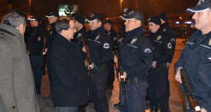 1150 polis gece yarısı acil koduyla göreve çağrıldı, tatbikat çıktı