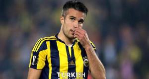 Fenerbahçede kaybolan RvPnin bonservisi şaşırttı