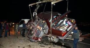 Katliam gibi kaza: 5 ölü, 4 yaralı
