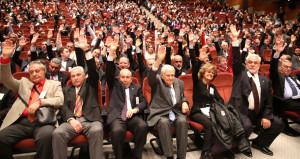 FETÖcü Hakan Şükürü kovmayan Galatasaraya hükümetten uyarı