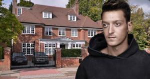 Mesut Özilden samimi itiraf: Bizim evden utanıyordum!