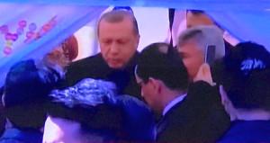 Cumhurbaşkanı Erdoğan'dan 'Hayır' Standına Sürpriz Ziyaret ile ilgili görsel sonucu