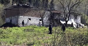 Sakarya'da facia: 3 çocuk yanarak can verdi