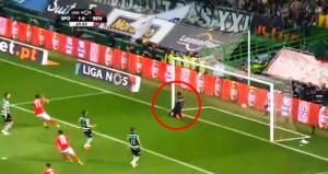Benfica'lı Futbolcunun Frikiği, Kaleciyi Yıktı