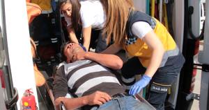 ''Ambulans çağırın öleceğim'' diyen sürücü alerjik şoka girdi