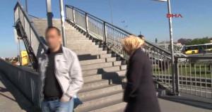 İstanbul'un göbeğinde, metrobüs durağında tecavüz girişimi!