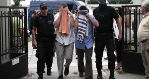 Yunanistan, FETÖ'cü askerleri iade etmiyor