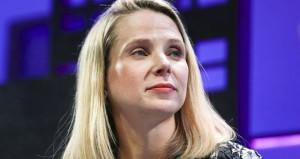 Yahoonun CEOsuna servet değerinde tazminat