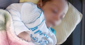 Aşıdan sonra yüzü moraran Bünyamin, babasının kollarından kayıp gitti