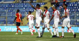 Adana dağıldı! 7 gollü maçta Eto'o şov yaptı