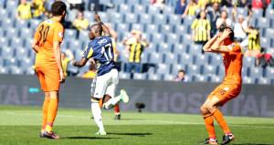 Fenerbahçe son dakika golüyle Rize'yi ateşe attı