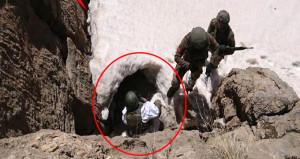 Mehmetçik, PKK'nın mağarasına böyle daldı!