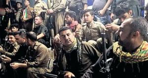 Kerkük'e gelen PKK'lı teröristleri peşmergeler törenle karşıladı