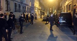 İstanbul'da tehlikeli gerginlik! Mahalleli, 3 Suriyeliyi vurdu!