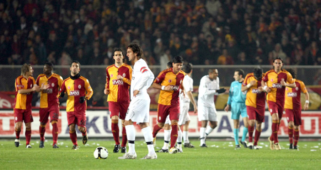 Galatasaray 4 - 2 Beşiktaş